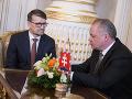 Demisiu už podal aj minister kultúry Marek Maďarič.