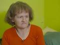 Lacko Angyal chce svoju mamu dať do ústavu pre telesne postihnutých.