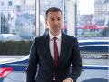 Rezignácia ministra vnútra napätú situáciu na Slovensku neupokojí, tvrdí politológ