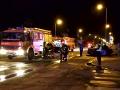 Tragická nočná nehoda: Auto narazilo do betónového múru a zhorelo, zahynul aj policajt