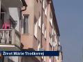 Mama Márie Troškovej celú situáciu sledovala z balkóna bytu.