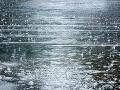 Meteorológovia vydali výstrahu: V tomto okrese hrozí povodeň z topiaceho sa snehu a dažďa