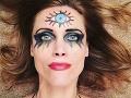Halloweenske líčenie Silvie Šuvadovej poukazuje na jej spiritualizmus.