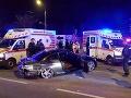 VIDEO Akčná policajná naháňačka v nočnej Bratislave: Mladá žena unikala v BMW
