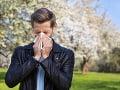 Chladnejšie počasie so zrážkami uľahčí život alergikom na peľ