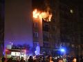 FOTO Ohnivé peklo v Košiciach: Panelákom otriasol výbuch, pri požiari zahynul človek