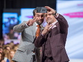 Herci Vladimír Kobielsky a Filip Tůma si na móle urobili selfie.