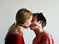 Možnosť uzavrieť manželstvo alebo registrované partnerstvo: Kedy sa jej LGBT komunita dočká?