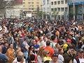 Bratislavu v piatok čaká ďalší tichý protest: Ľudia vyjdú do ulíc za predčasné voľby
