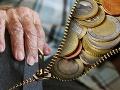 Niektoré dôchodky sa nanovo prepočítajú: Týka sa to penzistov, ktorí pracovali aj v Česku