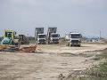 Okresný úrad Bratislava odmieta, že by na D4 a R7 povolil voziť nebezpečný odpad