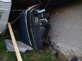 Dopravná nehoda v okrese Turčianske Teplice: FOTO Kamión narazil do rodinného domu