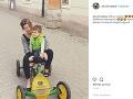 Viki Ráková sa na Instagrame pochválila viacerými fotkami so synčekom Bendegúzom.