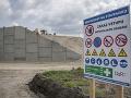 Kauza kontaminovanej zeminy pod obchvatom sa nekončí: Polícia nechce riskovať marenie vyšetrovania