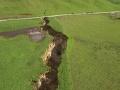 FOTO Na Novom Zélande sa zo dňa na deň objavila gigantická trhlina: Vieme, čo ju vytvorilo