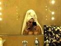 Kendall Jenner sa s fanúšikmi podelila o fotku z kúpeľne.