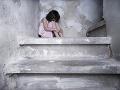 V Nemecku začal ostro sledovaný súd: Muž zneužil malé dievčatko viac ako 800-krát