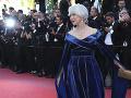 Helen Mirren je krásna dáma.