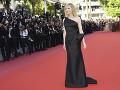 Cate Blanchett v čiernej róbe.