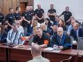 Megaproces so sátorovcami s ďalšou kapitolou: Členovia skupiny sa postavia pred odvolací súd