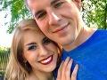 Žena poslala manželovi pikantnú SMS o orále: S hrôzou zistila, že ju dostali jej starí rodičia!