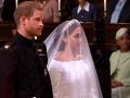 Princ Harry so svojou polovičkou Maghan Markle sú už pred oltárom.