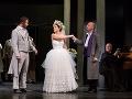 Zľava Martin Kovács ako Masetto, Aneta Hollá ako Zerlina, Marián Lukáč ako Don Giovanni a Dušan Pásztor ako Farár v novom naštudovaní opery Don Giovanni v Štátnom divadle Košice.