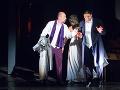 Sprava Michal Onufer ako Leporello,  Michaela Várady ako Donna Anna a Marián Lukáč ako Don Giovanni v novom naštudovaní opery Don Giovanni v Štátnom divadle Košice.
