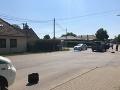 FOTO Obrovské nešťastie v Mojmírovciach: Autobus zrazil chlapčeka (†4)