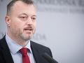 Toto je prvý prezidentský kandidát: FOTO Krajniak sa pochválil autormi posledných podpisov