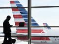 Lietadlo počas letu poškodili krúpy: Správalo sa ako na horskej dráhe, muselo núdzovo pristáť