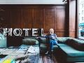 Komunikácia roka! Slováci píšu o poriadnej hanbe, hotel v B. Štiavnici zvozili pod čiernu zem