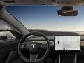 Smrteľná nehoda, pri ktorej bol zapnutý autopilot: Systém len asistuje vodičovi, tvrdí Tesla