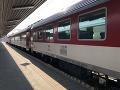 Tragické nešťastie na železničnej trati: Mladík (†22) sedel na koľajniciach, na mieste zomrel