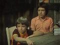 Matej Landl (vpravo) v seriáli Spadla z oblakov
