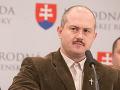 Najnovší volebný prieskum: Opozícia mierne rastie, Smer sa drží, pád Kotlebu!