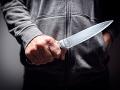 Krvavá dráma v Bratislave: Spor o ženu skončil napadnutím, muž skončil s dorezanou tvárou