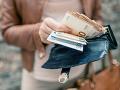 Analytici varujú pred zvýšením minimálnej mzdy: Toto všetko môže poškodiť jej výraznejší rast