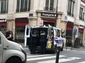 Rukojemnícka dráma v centre Paríža sa skončila: Polícia zadržala útočníka