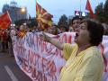 FOTO Masívne demonštrácie v Macedónsku: Dav skandoval pred budovou parlamentu