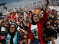 Predvolebné násilnosti v Turecku: Zahynuli už štyria ľudia