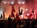 Protesty v Macedónsku: Ľudia pred parlamentom žiadajú zrušenie dohody s Gréckom