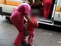 Najzvrhlejší rodičia roka sú z Ukrajiny: To, čo urobili svojej dcérke (4), je vrchol hnusu