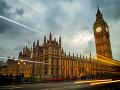 Úspešný deň britského parlamentu: Hlasovanie o brexite ukončilo mesiace dlhých debát