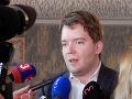Ravasz tvrdí, že zamestnanosť Rómov stúpa: Pollák to považuje za zavádzanie