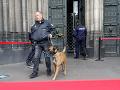 Falošný poplach v holanskom parlamente: Podozrivý muž s batohom, budovu uzavreli