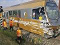 V Rakúsku sa vykoľajil vlak: FOTO Prevrátené vagóny, desiatky zranených