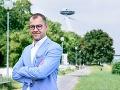 O kreslo starostu Petržalky zabojuje aj súčasný vicestarosta J. Bučan