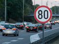 Zásadné opatrenie vo Francúzsku: Znížili maximálnu rýchlosť mimo obce, toto je dôvod
