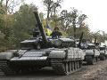 Patová situácia na Ukrajine: Plán na stiahnutie ťažkých zbraní zostal na mŕtvom bode
